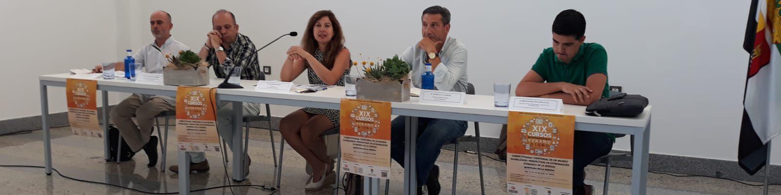 AJE Extremadura en los Cursos de Verano de la UEx