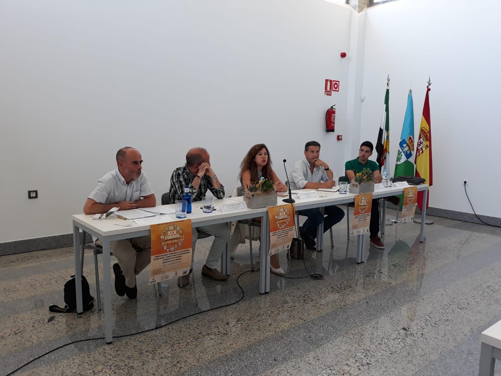 Calendario Uex.Aje Extremadura En Los Cursos De Verano De La Uex Aje Extremadura