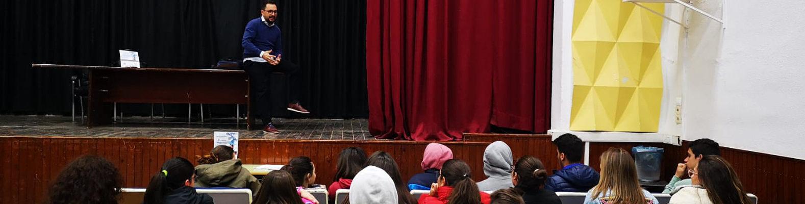 Jóvenes Empresarios y Estudiantes en Almendralejo