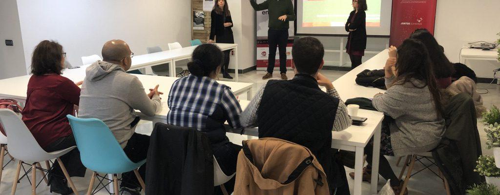 AJE Extremadura recibe a alumnos/as de ITAE